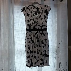 New York and Co stretch wrap dress